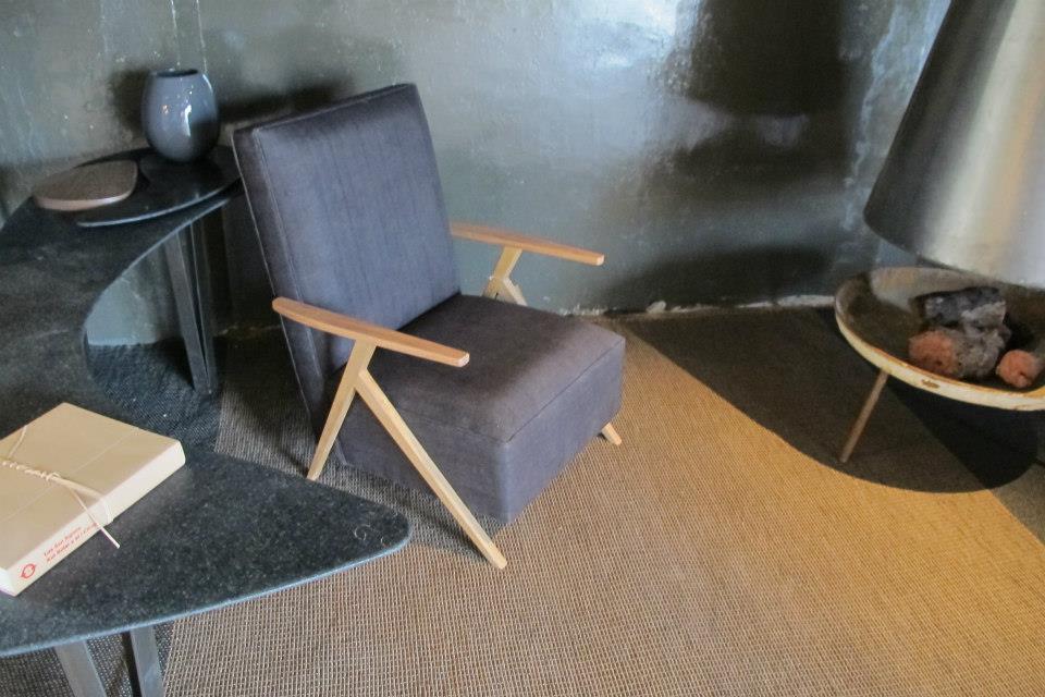 Casa FOA 2012: Comedor intimo - PLAN arquitectura - interiorismo
